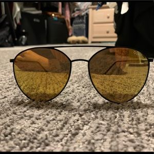 QUAY JASMINE YELLOW LENSE SUNGLASSES